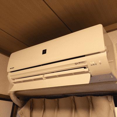 我が家にエアコンがやって参りました。