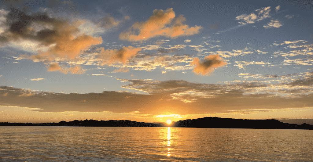 2018年水納島の朝日